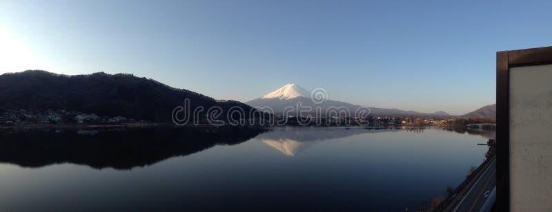 Mt Фудзи (панорамный) стоковая фотография