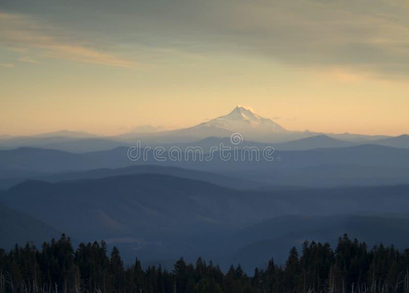 Mt. Adams dal cappuccio di Mt. immagini stock libere da diritti