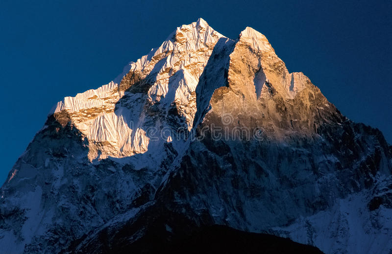 Mt. Ama Dablam, Everest Region. Mt. Ama Dablam as seen from Pheriche (Everest Region), Solukhumbu, Nepal stock photos