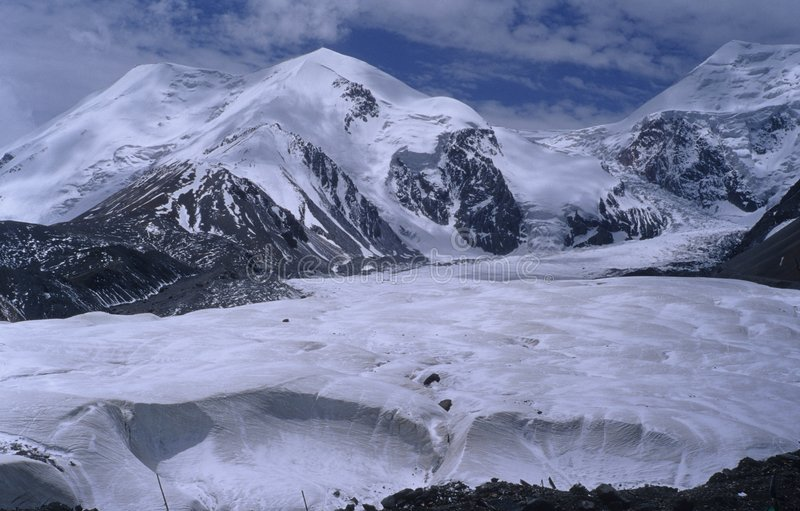 Mt.Anemaqen 1 stock foto's