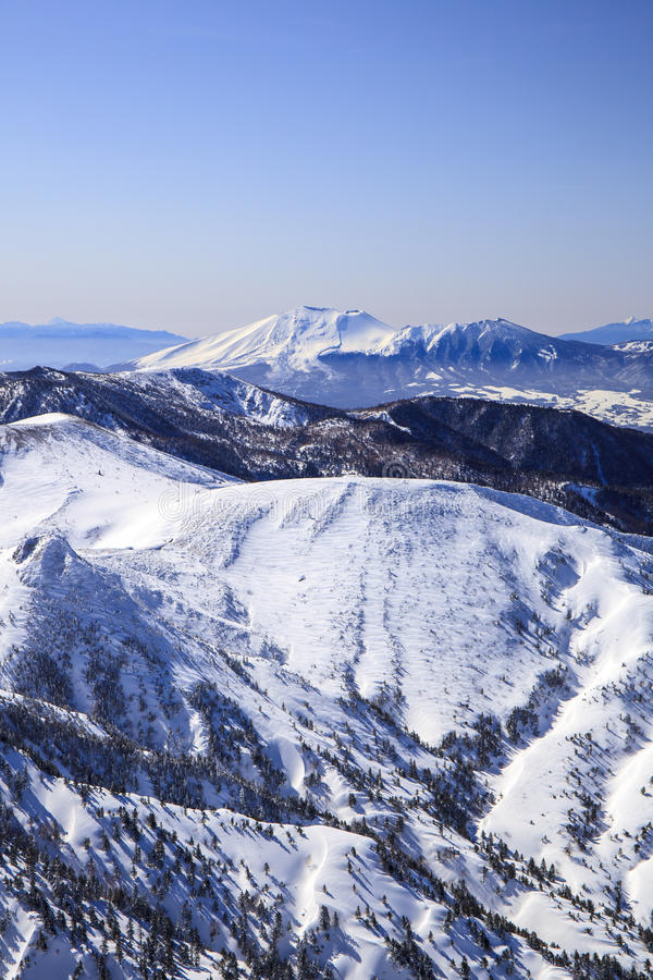 Mt Asama no inverno imagens de stock