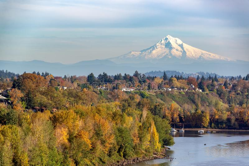 Mt Capa e Portland, Oregon fotos de stock royalty free