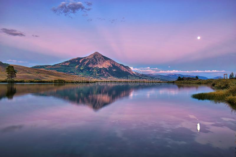 Download MT Crested Butte In Fall Season Of Colorado, USA Stock Image - Image of fuji, cascade: 109057563