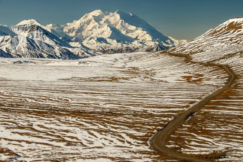 MT Denali, MT McKinley, de mening van Eielson-Bezoekerscentrum, Alaska, de V.S. stock foto