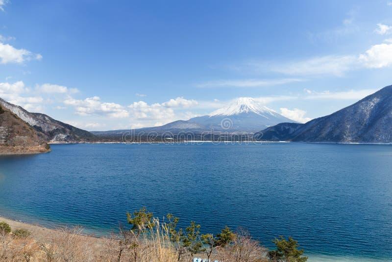 Mt Der Fujisan und See Motosu stockfoto