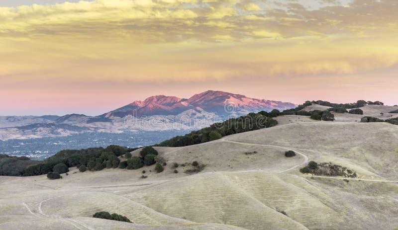 Mt Diablo Sunset Contra Costa County, Kalifornien, USA royaltyfri foto