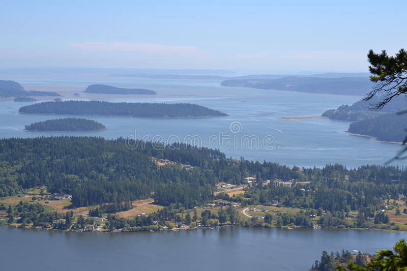 Mt Erie, Washington che trascura l'isola di Whidbey fotografia stock