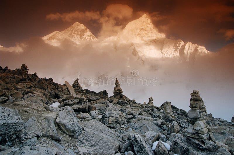 Mt. Everest e Nupche, Nepal fotografia de stock