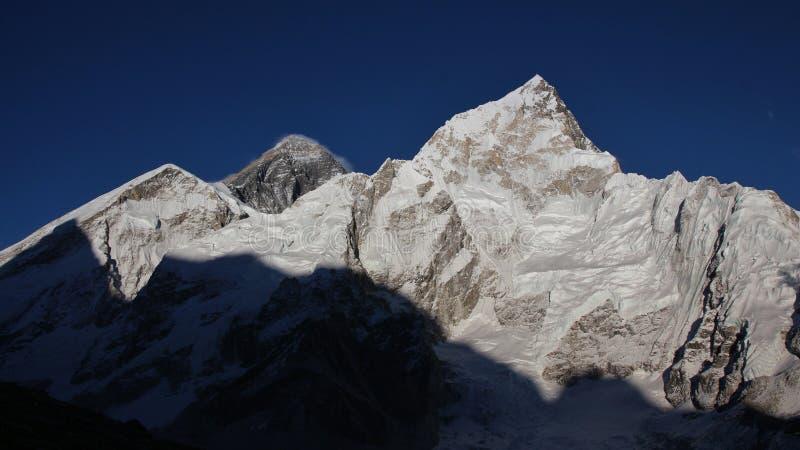 Mt Everest y Nuptse fotografía de archivo libre de regalías