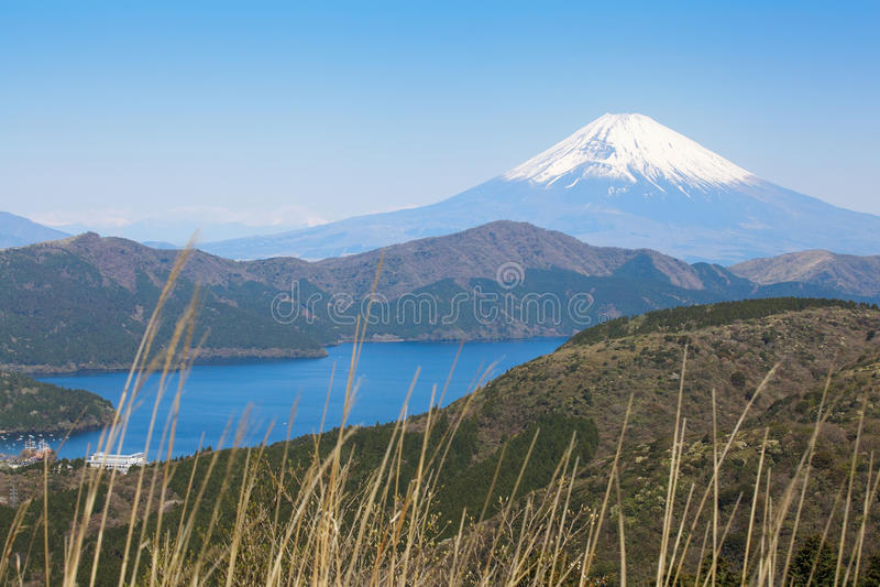 Download Mt fuji image stock. Image du temple, attraction, fuji - 87701633