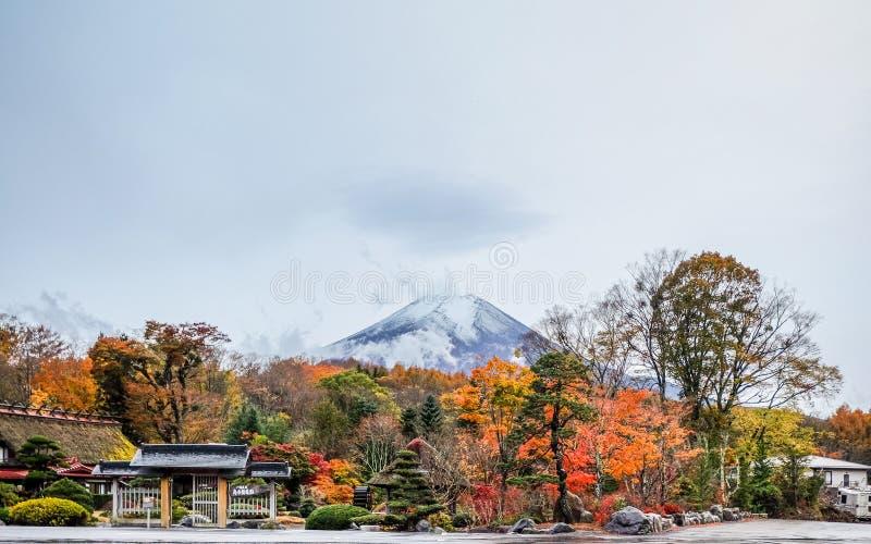Mt Fuji après plu images stock