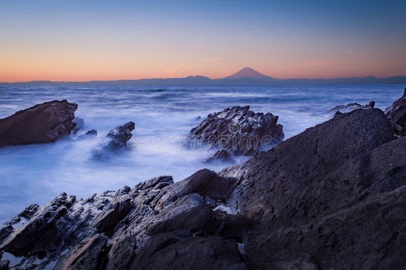 MT Fuji en overzees royalty-vrije stock afbeeldingen