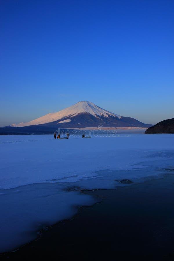 Free Mt. Fuji Over Freeze Up Lake Yamanaka Stock Photo - 6335350