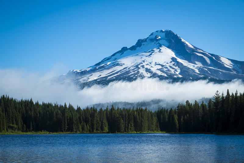 Download Mt. Hood, Mountain Lake, Oregon Stock Image - Image of pacific, snow: 32138447