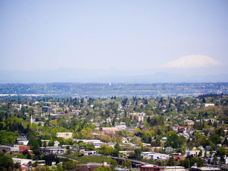 MT Kap met Portland in de voorgrond royalty-vrije stock fotografie