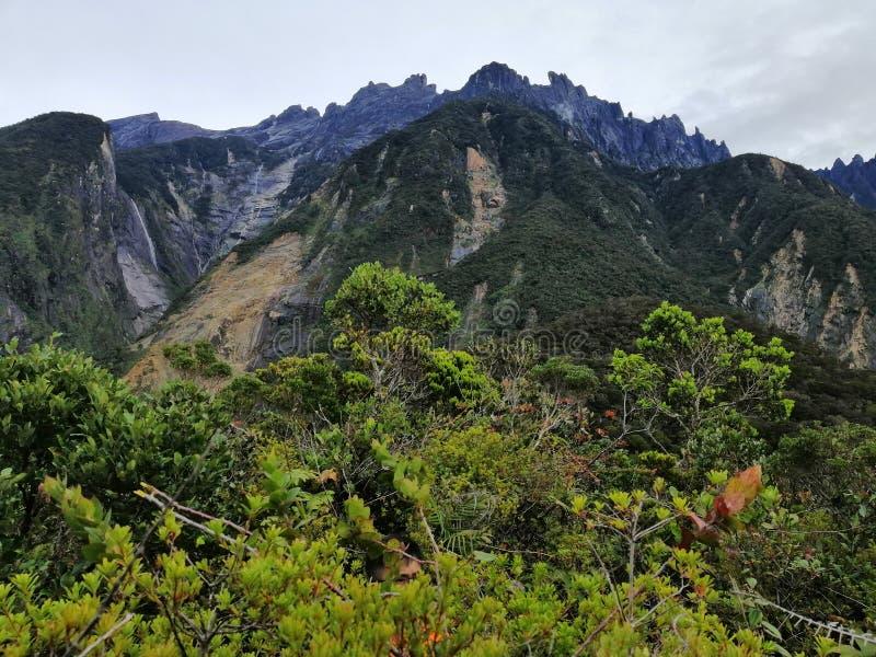 MT Kinabalu van Maragang-Heuvel stock afbeelding