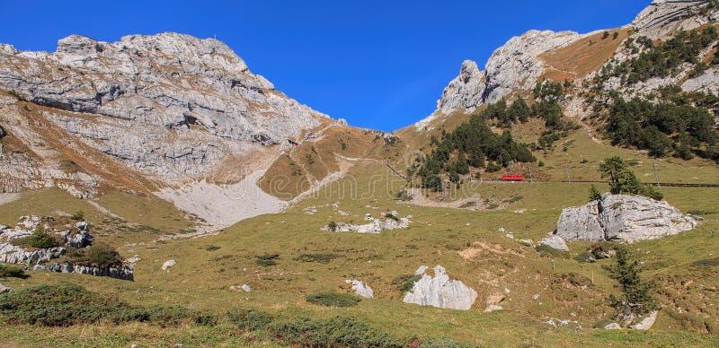 mt krajowy nowy ngauruhoe parka tongariro widok Zealand Pilatus w Szwajcaria fotografia stock