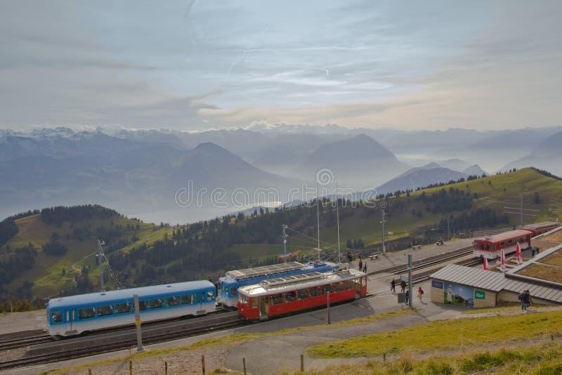 Mt Rigi, Suisse - 24 octobre 2016 : Arrêt de train au Mt Station Rigi Kulm de Rigi photo libre de droits