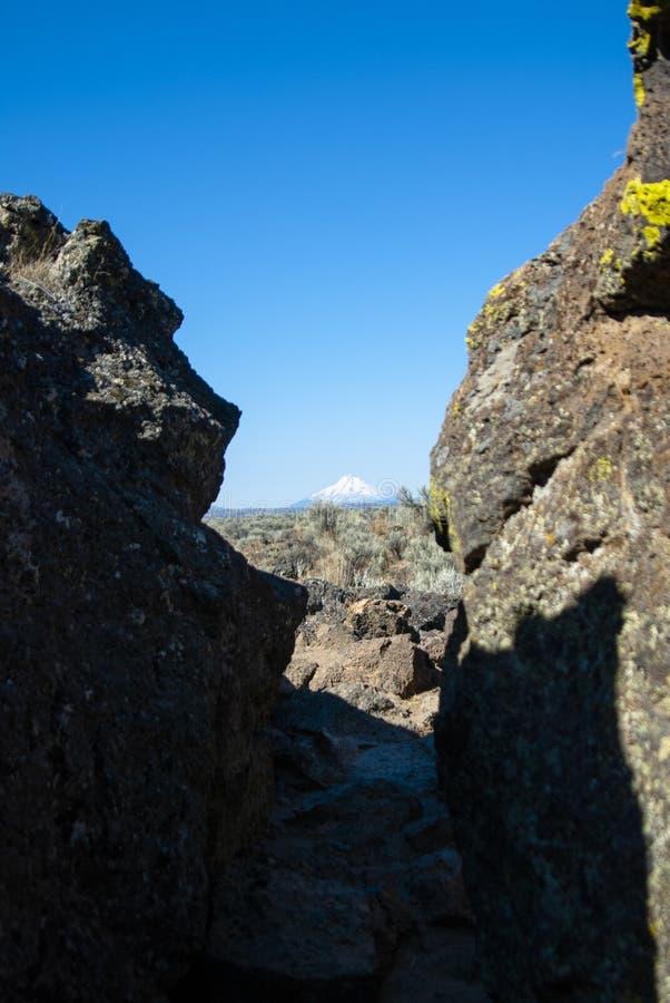 Mt Shasta dalla fortezza di capitano Jack fotografia stock