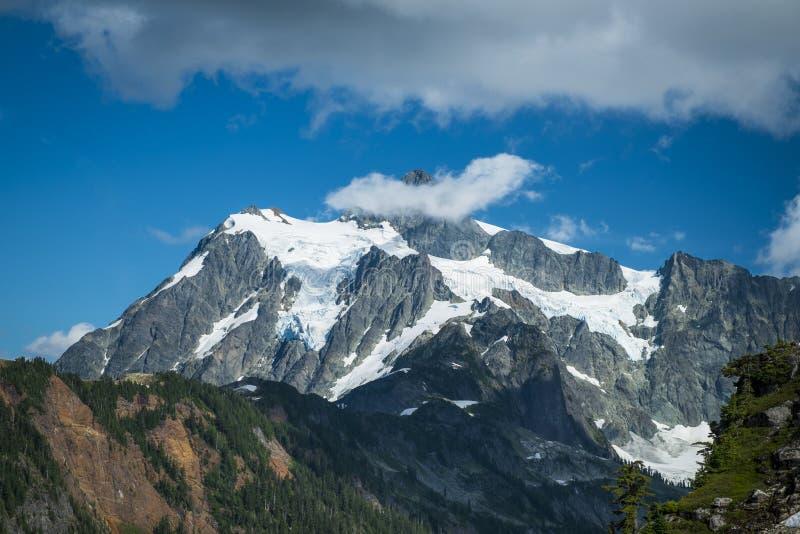 Mt Shuksan, cascades de l'état de Washington photos libres de droits