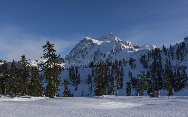Mt Shuksan en hiver photo libre de droits