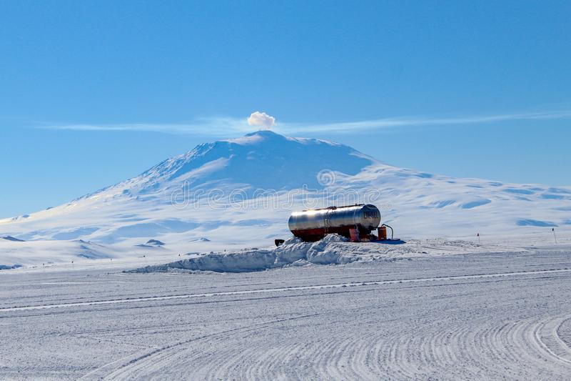 mt-sikt washington Erebus i Antarktis arkivfoto