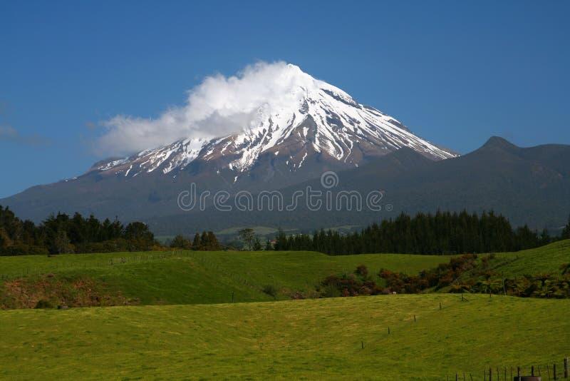 Mt Taranaki, Nueva Zelandia imagenes de archivo