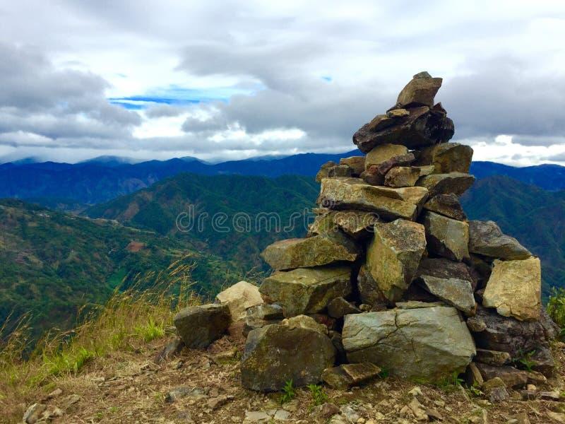 Mt Ulap - pyramide des pierres images stock