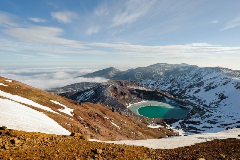 Mt zao i naturalny krateru jezioro w zimie, yamakata, Japan fotografia stock