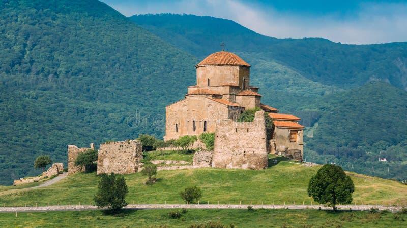 Mtskheta Georgië Oude Werelderfenis, Jvari-Klooster op Groene Vallei stock foto