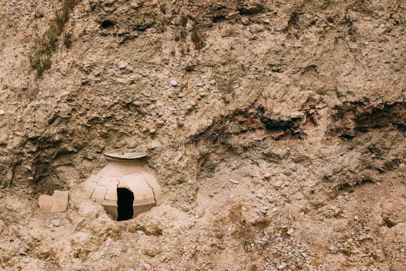 Mtskheta Georgia Kvevri nocivo, sepolto in terra Grande Earthe immagini stock