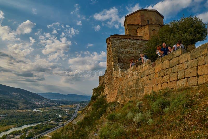 MTSKHETA, GRUZJA - 31 2017 LIPIEC: Jvari monaster zdjęcie royalty free