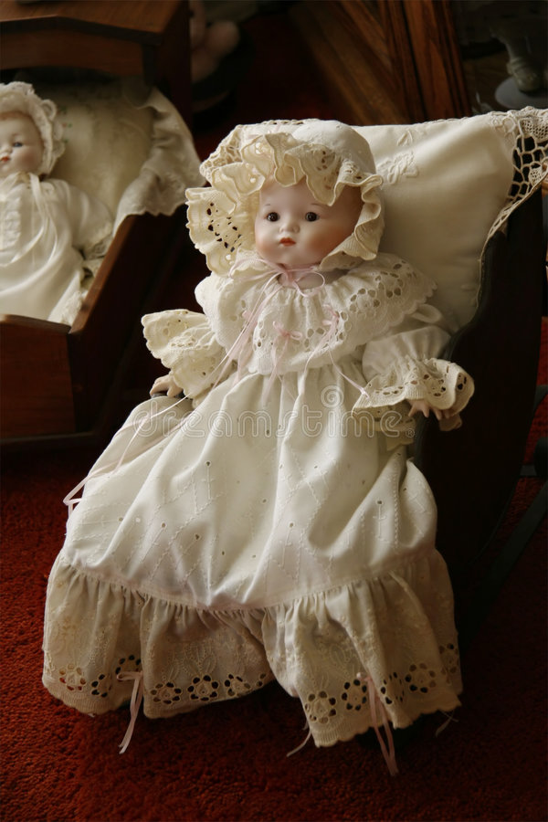 Muñeca antigua del Victorian fotos de archivo