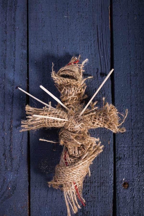 Muñeca de la arpillera de Halloween imágenes de archivo libres de regalías