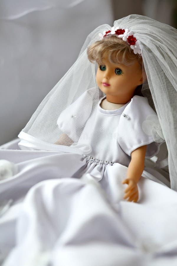 Muñeca de la boda imagenes de archivo