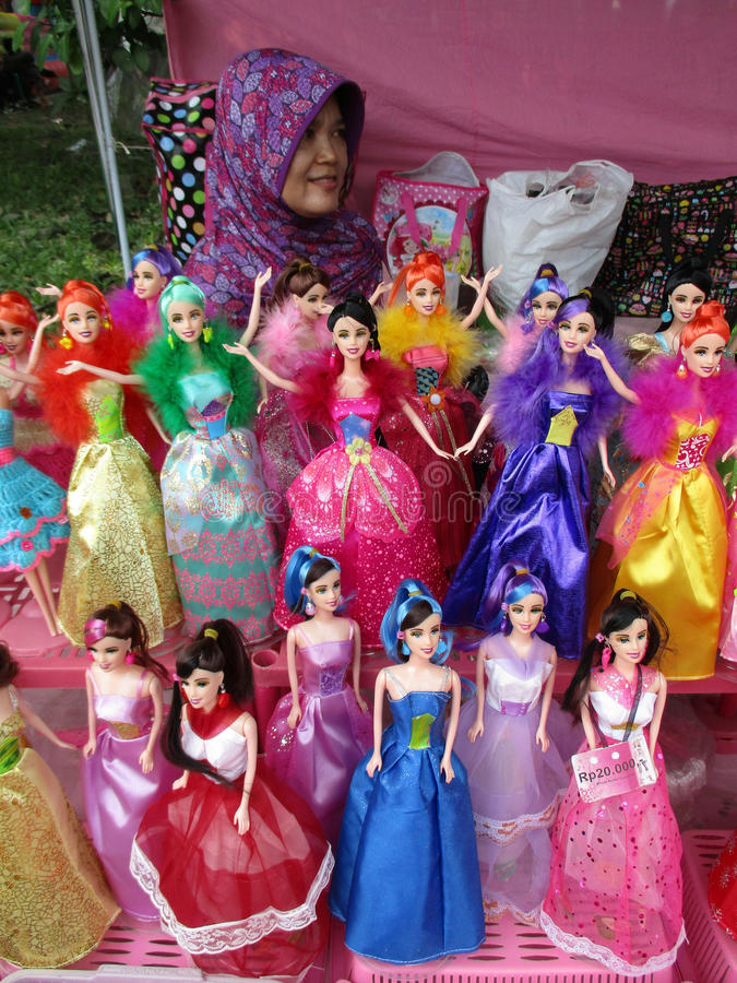 Muñecas de imitación de barbie foto de archivo