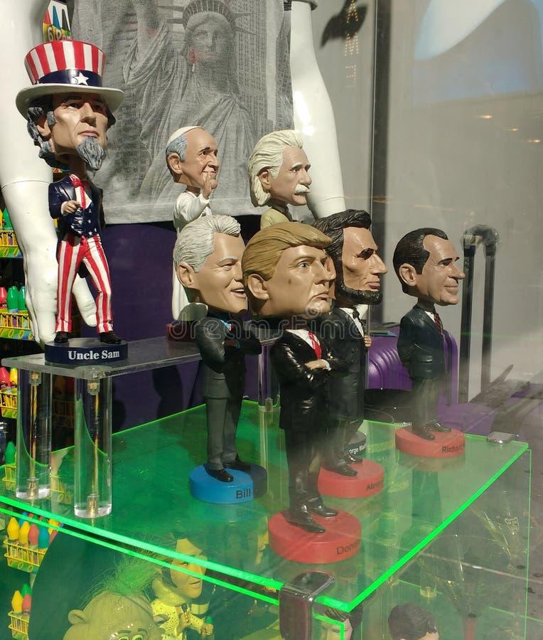 Muñecas de la Bobble-cabeza, Donald Trump, tío Sam, los E.E.U.U. imágenes de archivo libres de regalías