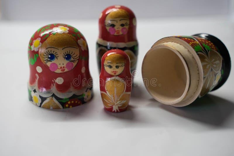 Mu?ecas rusas - recuerdo de Rusia fotografía de archivo