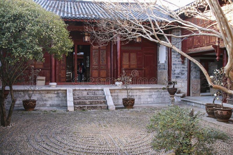 Mu fu-mansion i lijiang, Kina arkivbilder