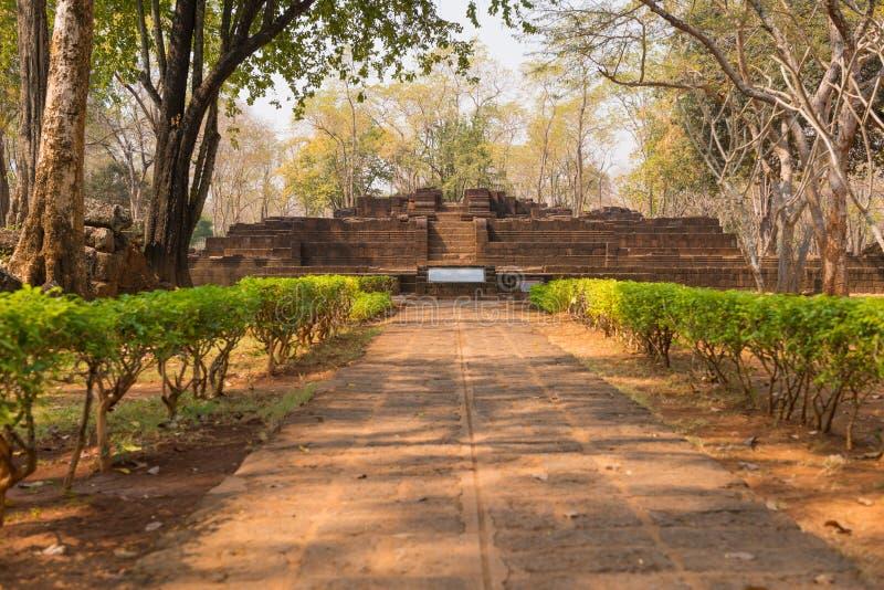 Muang forntida Singha vaggar slotten på kanchanaburien royaltyfria bilder