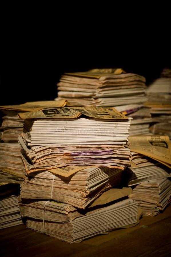 Mucchi dei giornali fotografia stock