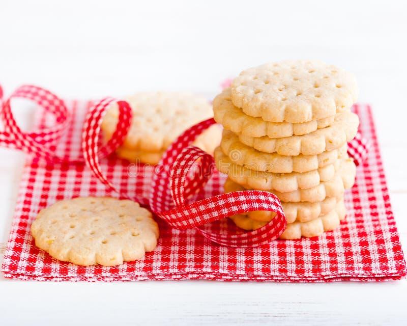Mucchio dei biscotti crunchy fotografia stock libera da diritti