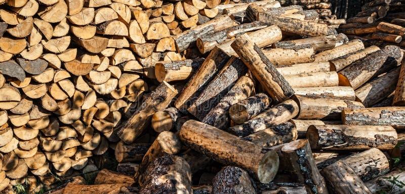 Mucchio dei ceppi di legno immagine stock libera da diritti