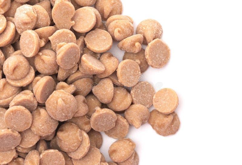 Mucchio dei chip gastronomici di cottura del burro di arachidi fotografia stock