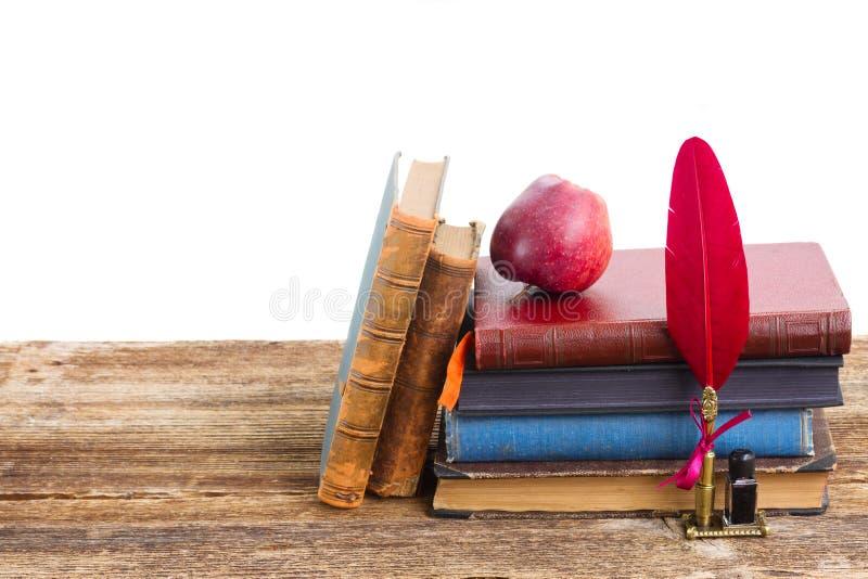 Download Mucchio dei libri immagine stock. Immagine di retro, libro - 55350217