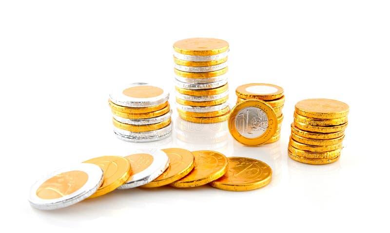 Mucchio dei soldi dell'euro del cioccolato immagine stock