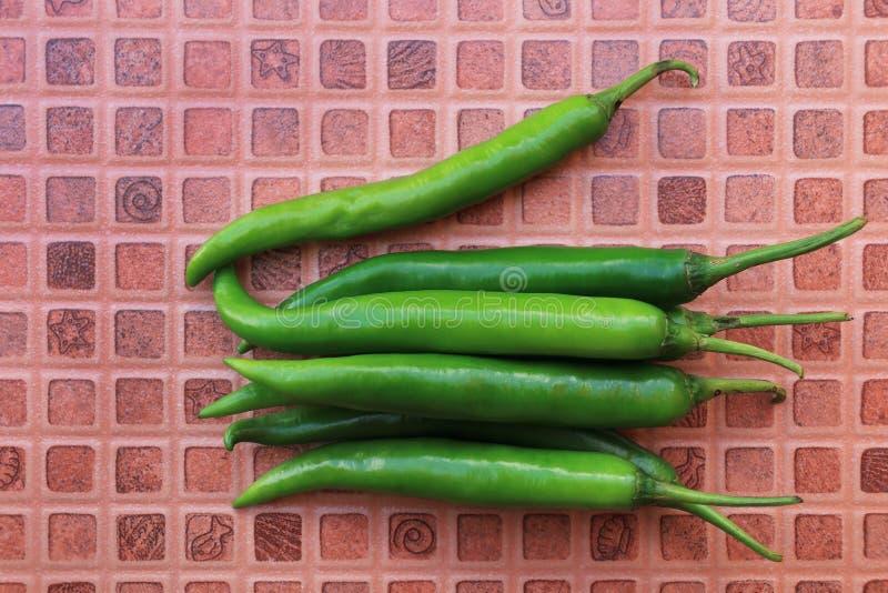 mucchio del peperoncino rosso verde immagine stock libera da diritti