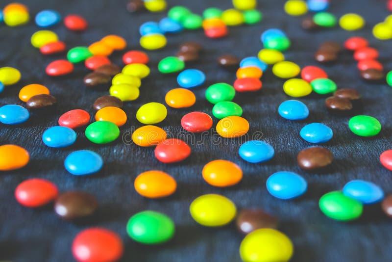 Mucchio della caramella di cioccolato variopinta fotografia stock