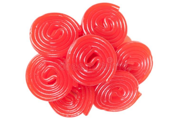 Mucchio delle spirali rosse della liquirizia fotografia stock libera da diritti