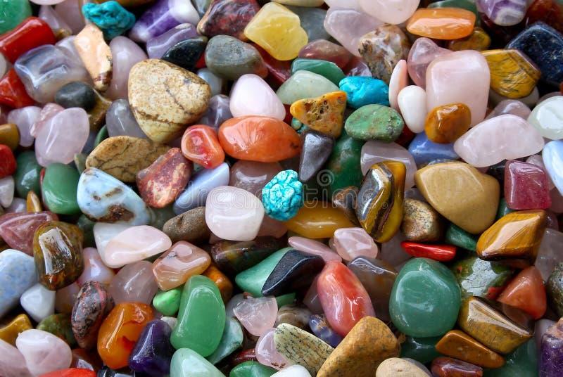 Mucchio dello sfondo naturale delle pietre semi preziose fotografia stock libera da diritti